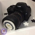 Canon 7D Cake